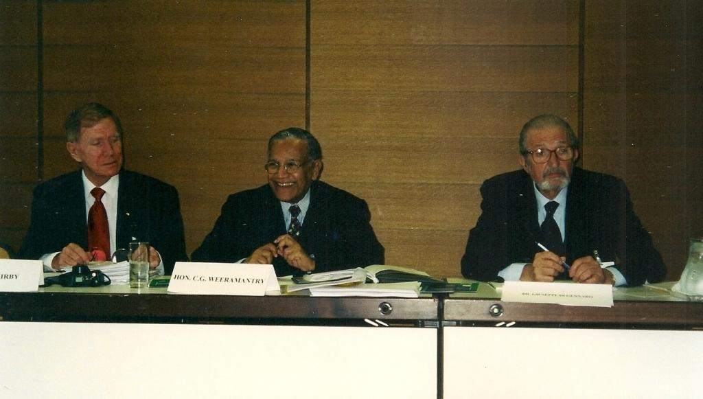 From left: Justice Kirby (Rapporteur), Judge Weeramantry (Chair), Dr Giuseppe di Gennaro