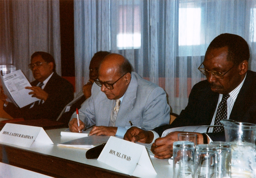 From right: Chief Justice M.L. Uwais and Chief Justice Latifur Rahman