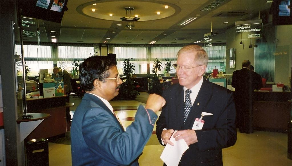 From left: Kurian Aninilkumparambil (UNODC) and Justice Michael Kirby